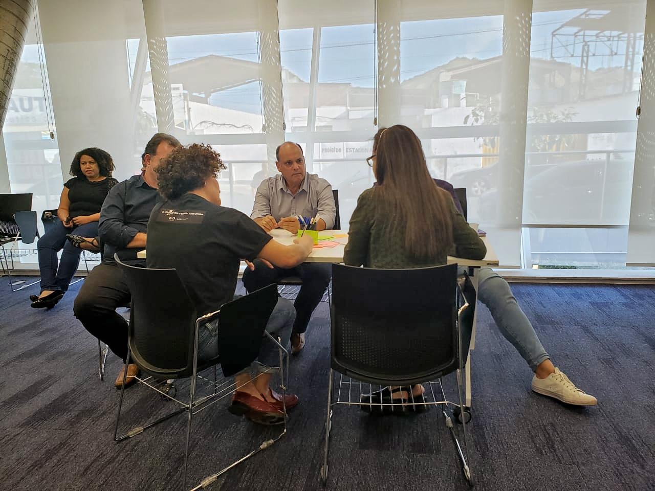Acomac-ES/Sindmat participam de workshope de cocriação no Sebrae/ES.