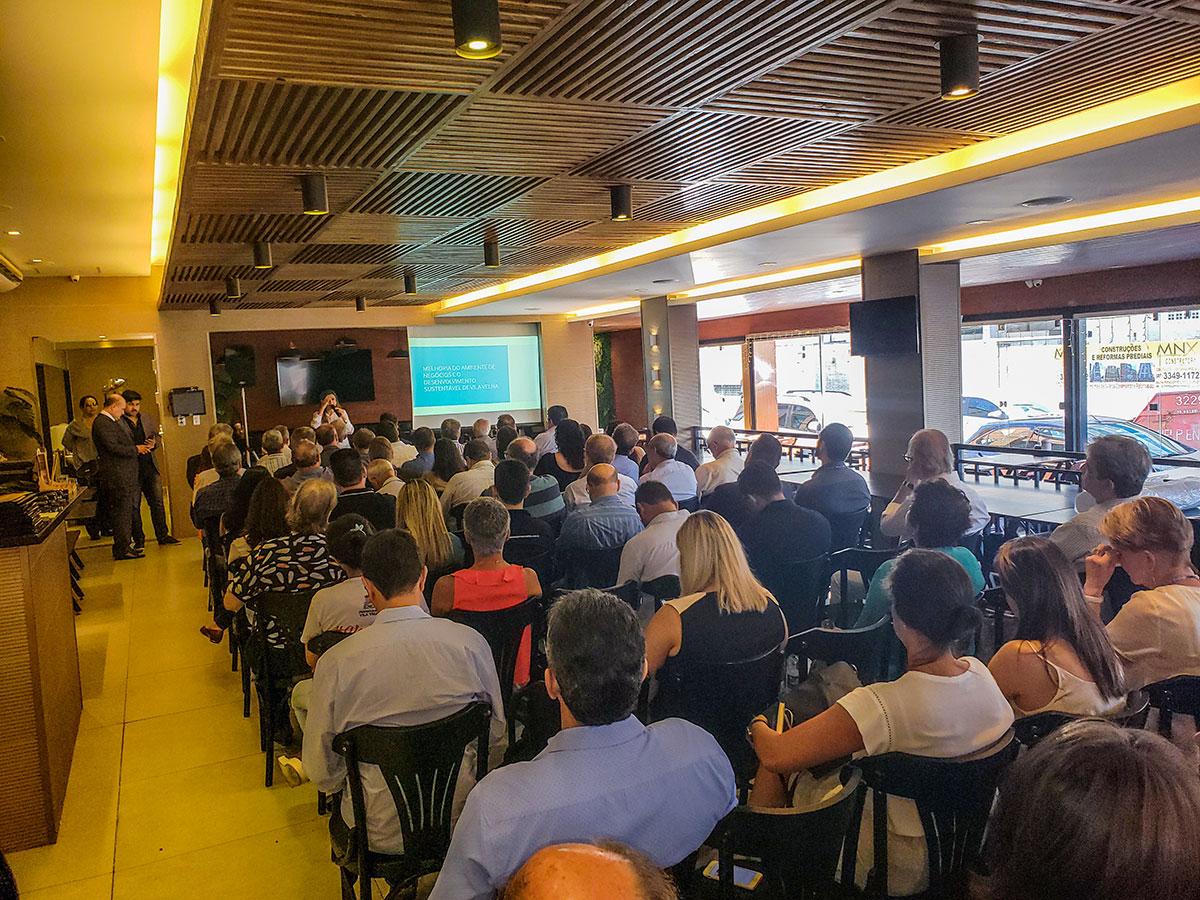 Acomac-ES/Sindimat participa do 10º Café da Manhã da Assevila